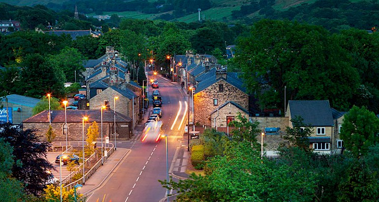 Uppermill at night